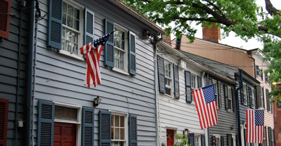 We represent properties in historic Old Town Alexandria